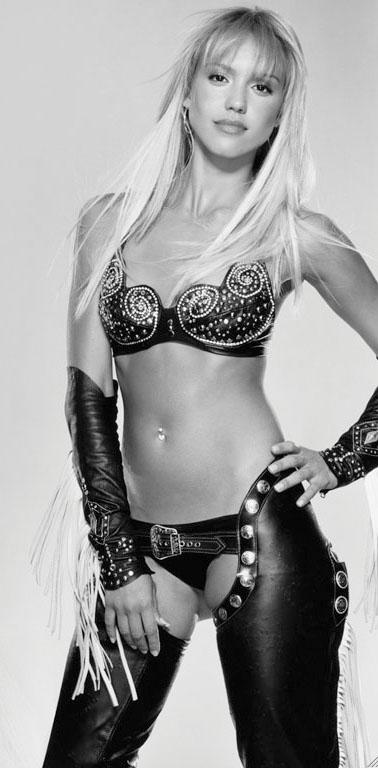 Camilla Belle, La mujer mas hermosa del mundo